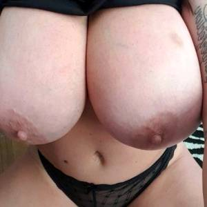Foxy Pictures Collection Via Big Naturals