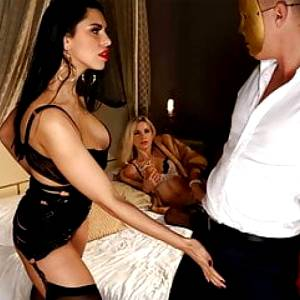 Glamour dolls fucked intensly