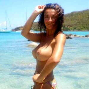Images Compilation At Love Me Some Titties (15 Images)