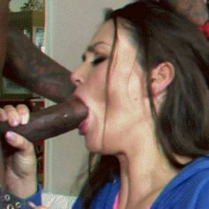 milf having a problem fitting in the whole bbc