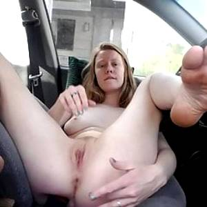 Redhead Faith Hatch – Finger me at the rest stop