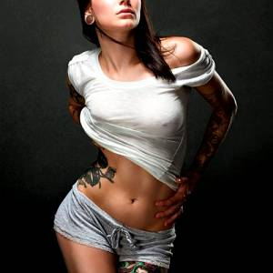 The Very Awesome Leeann Billman Showing Ink, Midriff And Pokies!