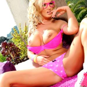 Tommie Jo Strips Naked From Her Cute Pink Outfit