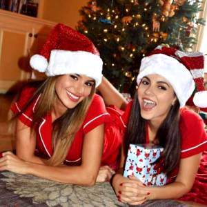 Victoria Justice And Madison Reed , Very Cute ?